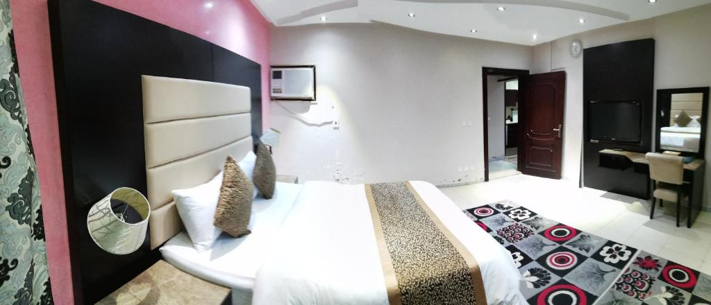 al janaderia suites 3 jeddah updated 2019 prices rh booking com