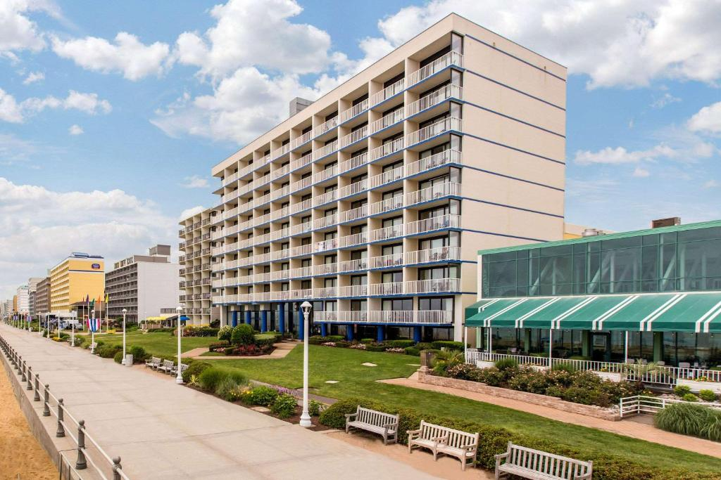Comfort Inn Suites Virginia Beach Oceanfront Reserve Now Gallery Image Of This Property