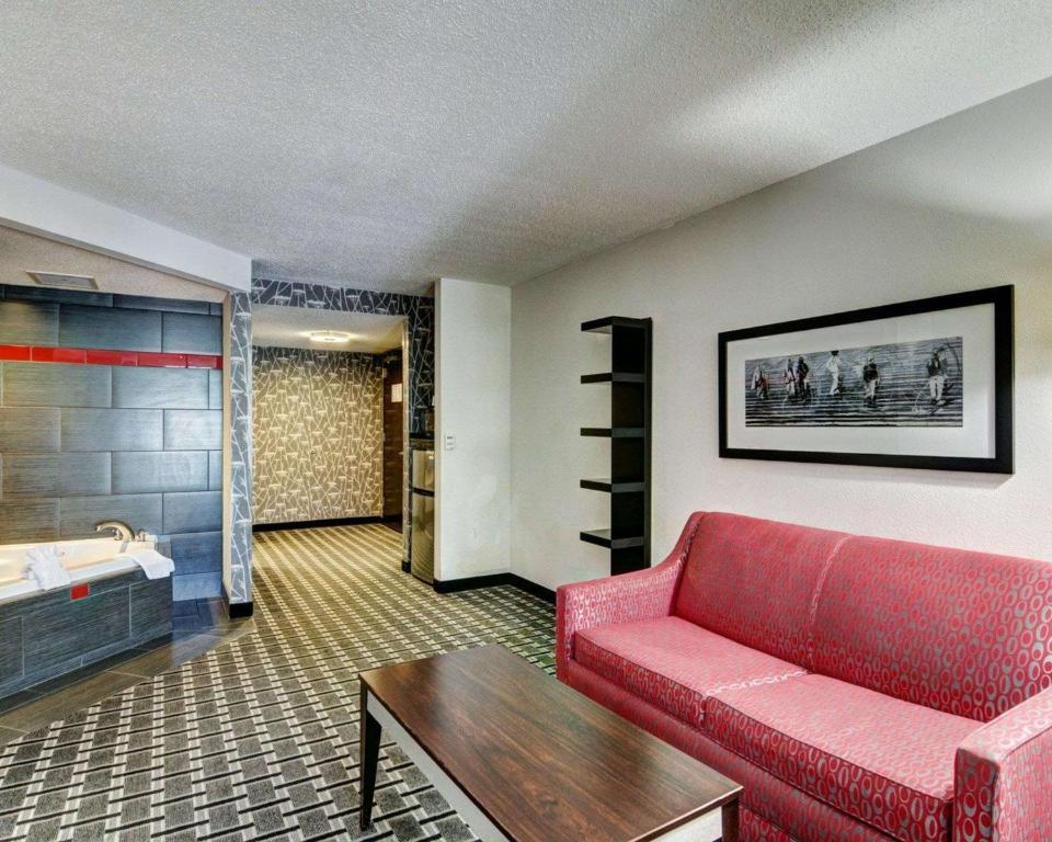 Hotel Comfort Suites Williamsburg Va Booking Com