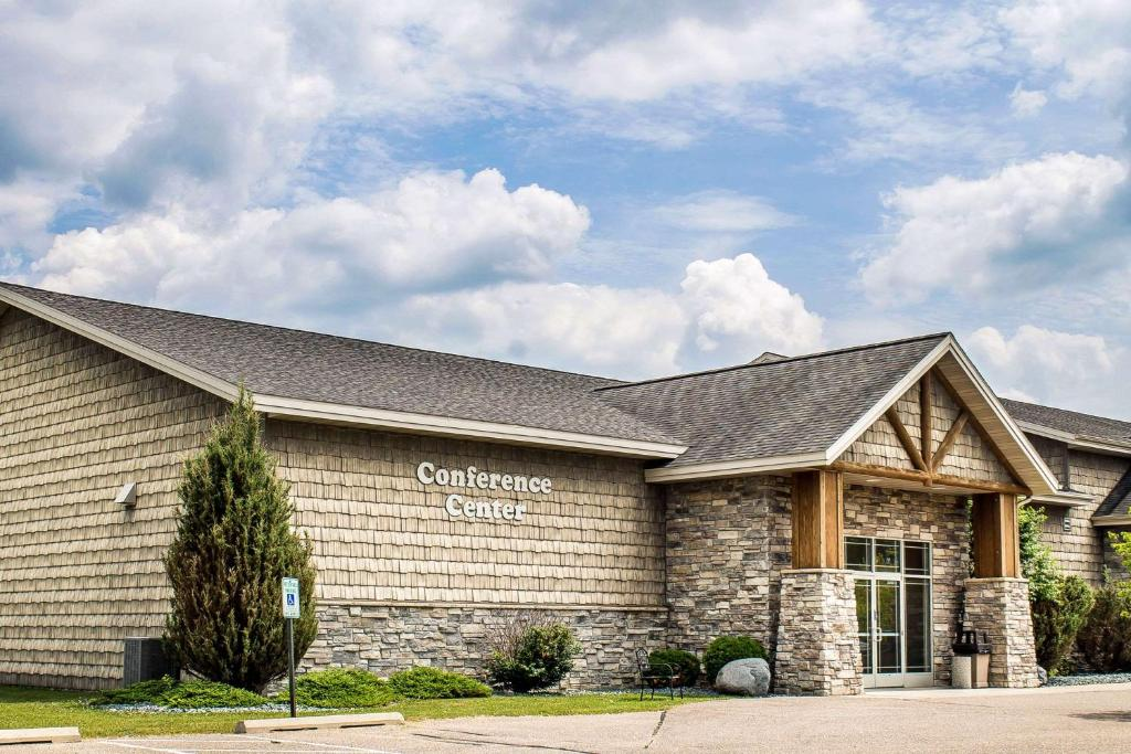 rodeway inn suites tomahawk wi booking com rh booking com