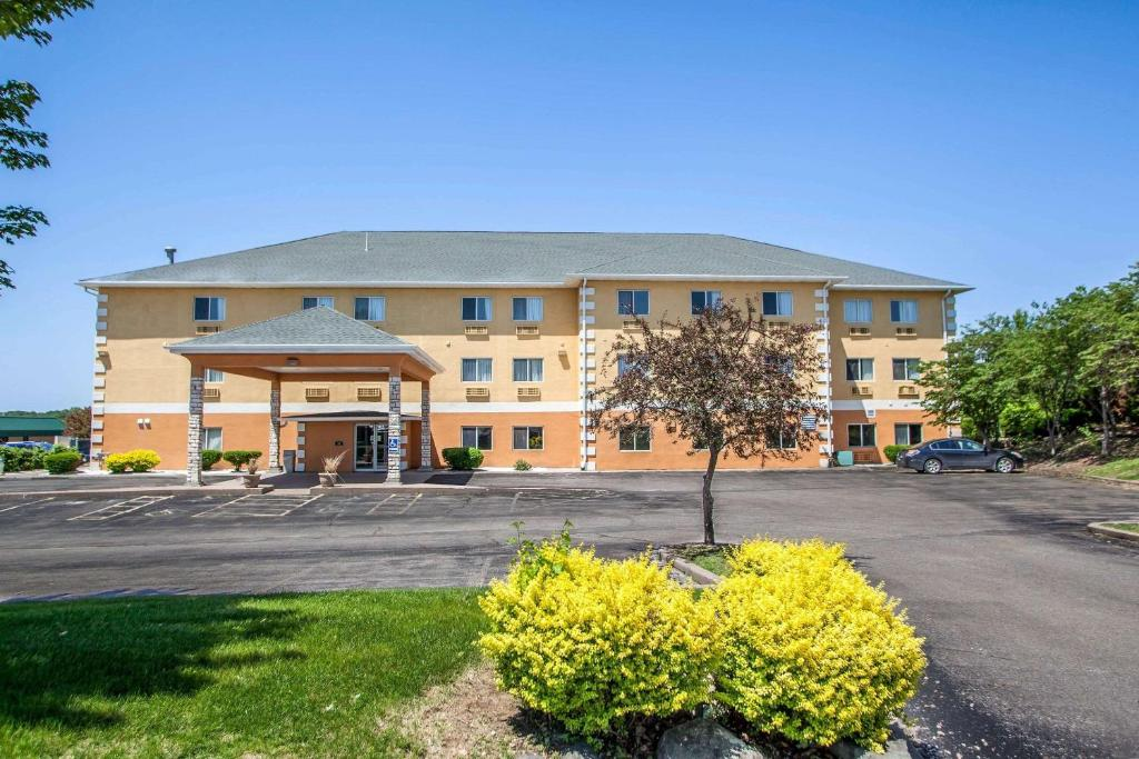 comfort inn muscatine ia booking com rh booking com