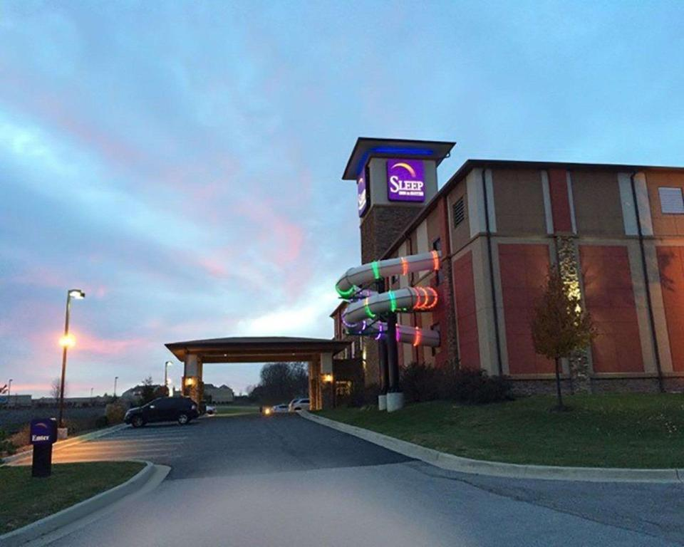 Liberty Sleeps >> Sleep Inn Suites Liberty Mo Booking Com