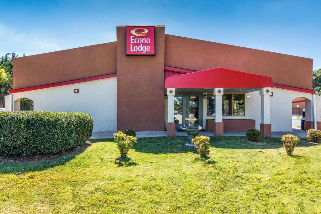 Econo Lodge Gastonia Nc Booking Com