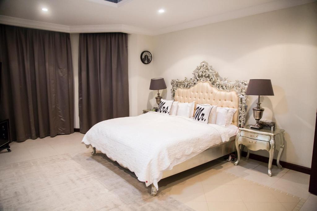 2fa835865925 R H - 4BR, Luxury Beachfront Palm Villa (ОАЭ Дубай) - Booking.com
