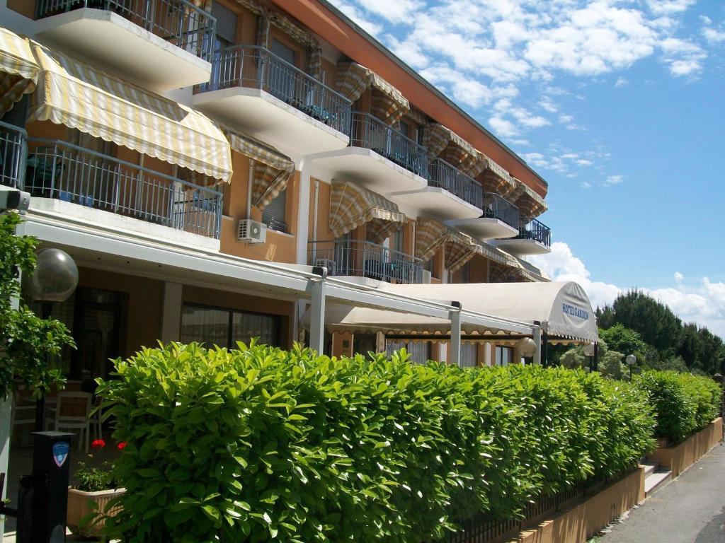 Residenza hotel garden toscolano maderno prezzi aggiornati per il 2018 - Hotel giardino toscolano maderno ...