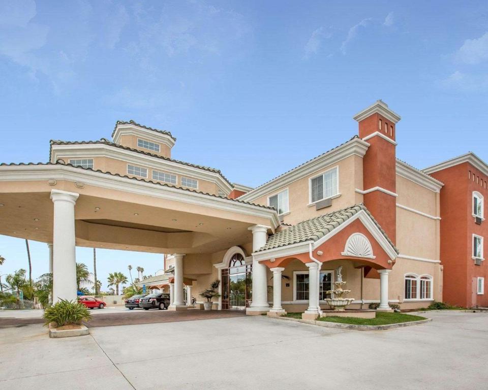 hotel comfort suites oceanside ca booking com