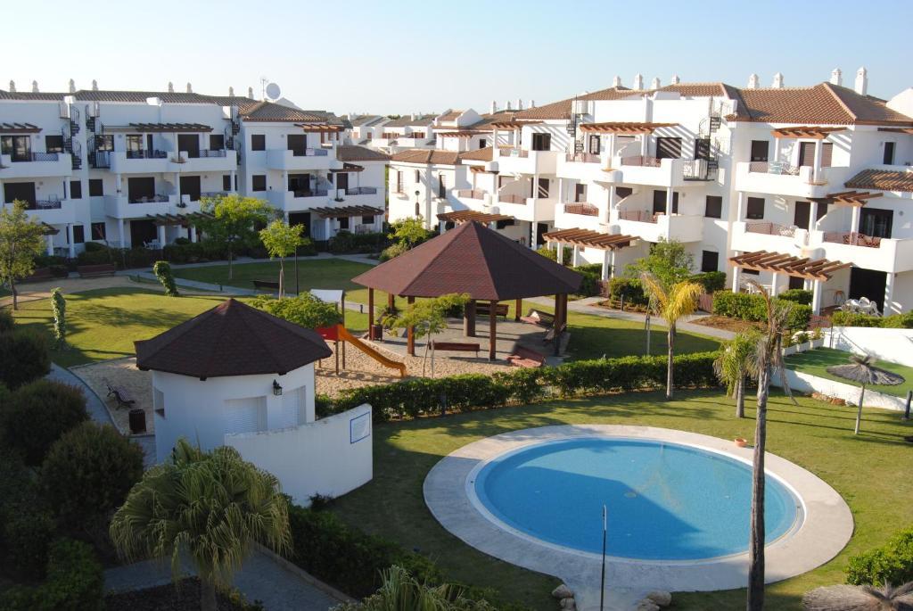 Apartamentos chiclana espa a novo sancti petri - Apartamentos chiclana ...