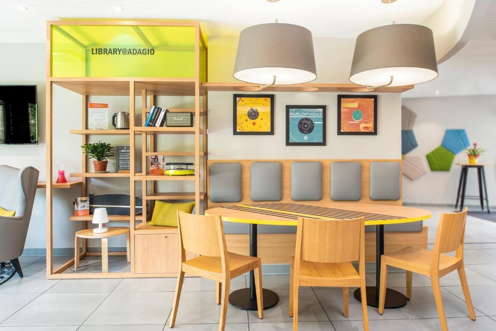 Aparthotel Adagio Access Colombes La D U00e9fense  Colombes  U2013 Updated 2018 Prices