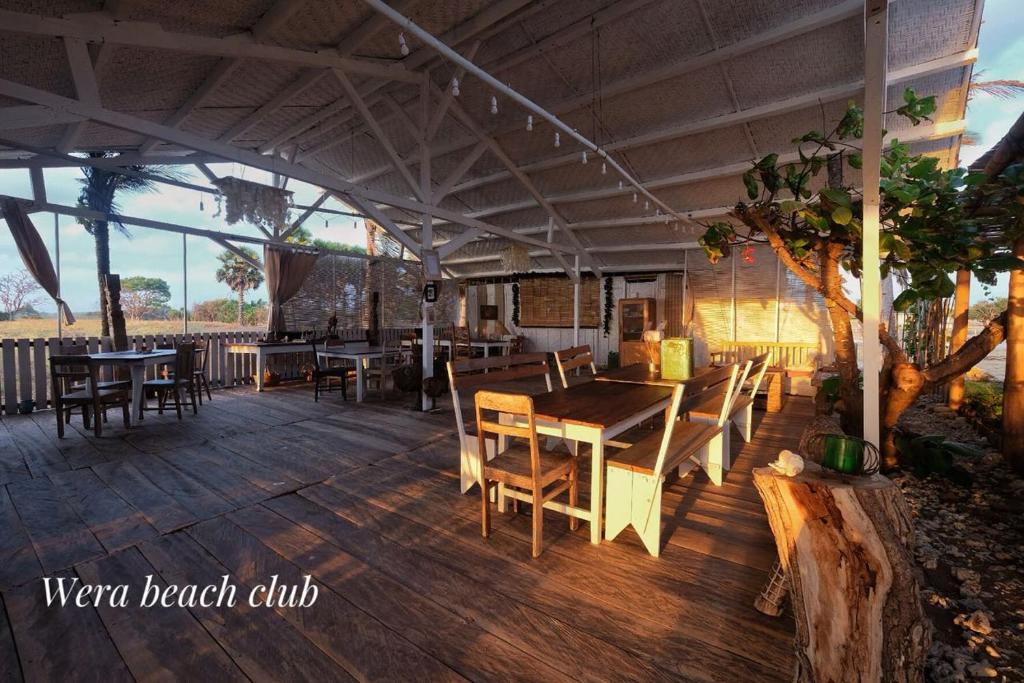 Restaurant ou autre lieu de restauration dans l'établissement Wera Beach