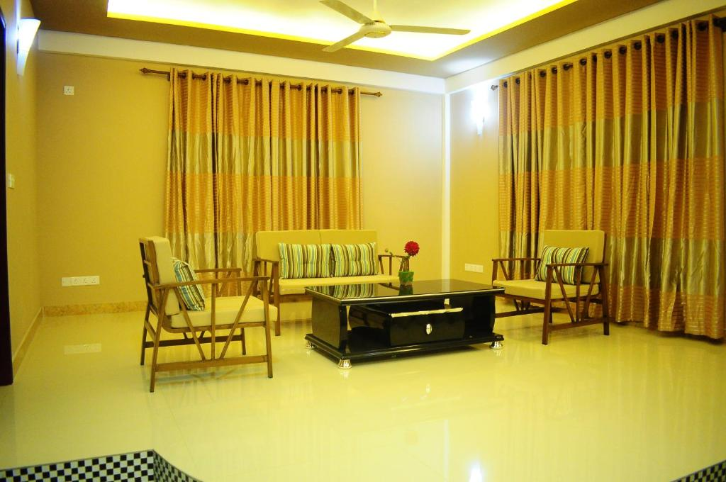 A seating area at Calyx Grand Fuvahmulah