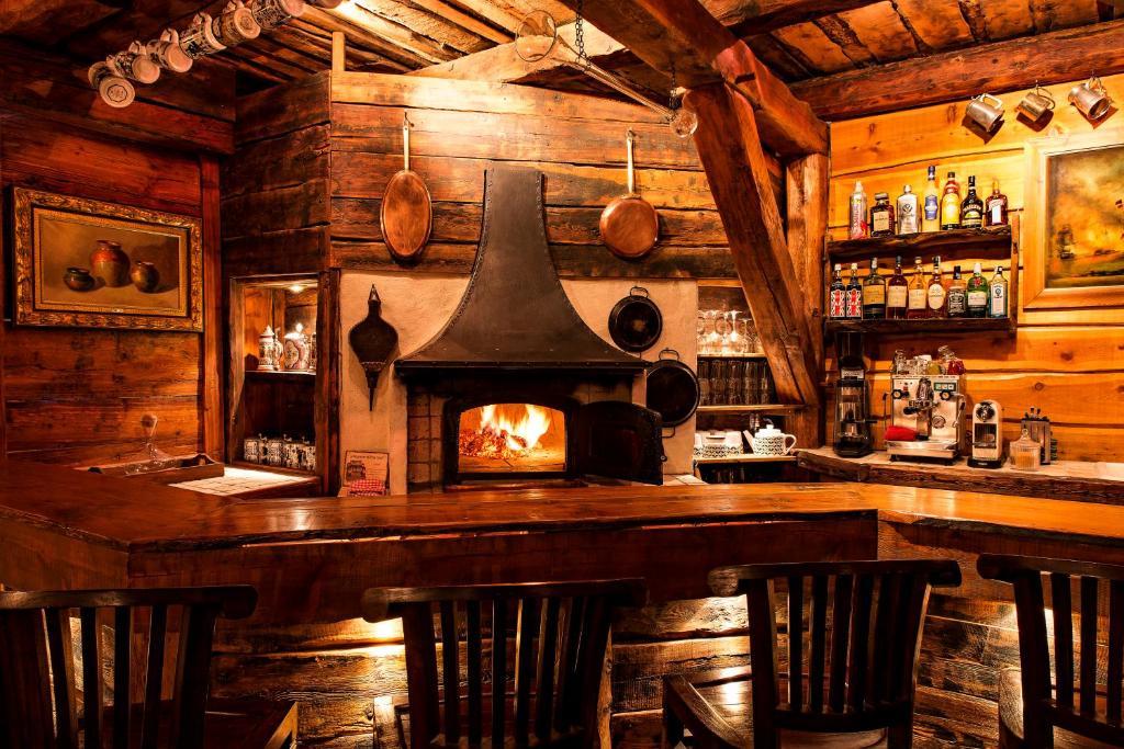 Guesthouse Chez Bear Chambres d\'Hotes, Puy-Saint-Pierre, France ...