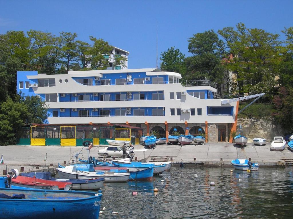 Хотел Семеен Рибарска Среща - Царево