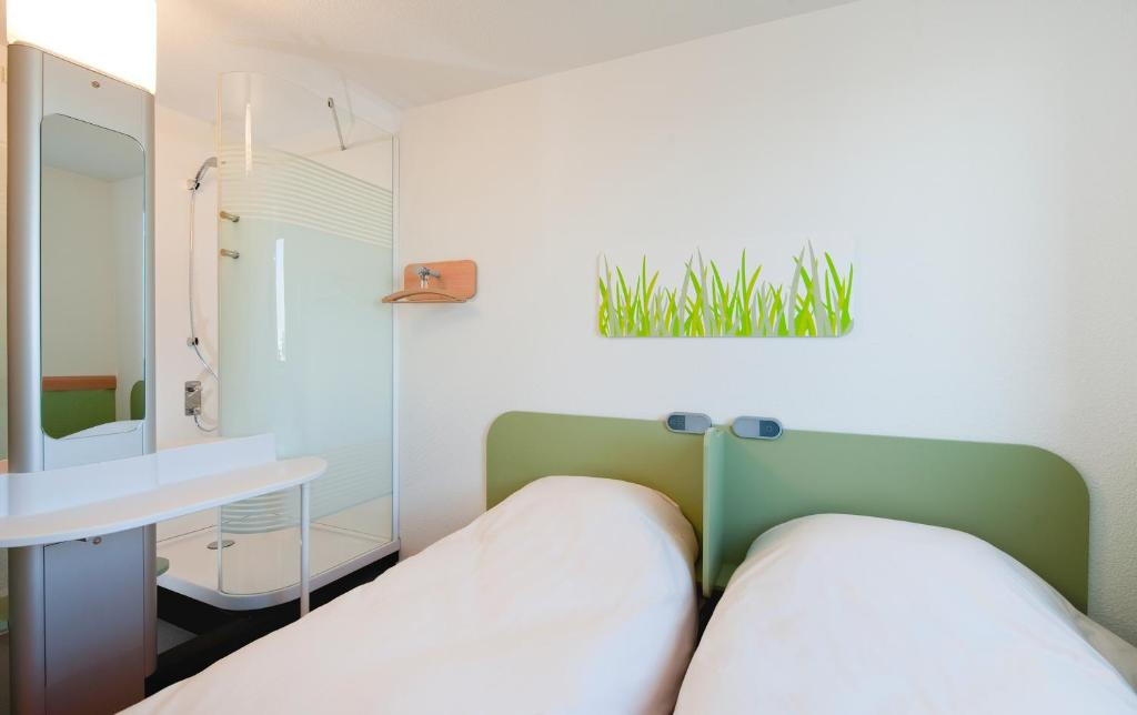 Hotel ibis budget Toulouse Aeroport, Blagnac, France - Booking.com