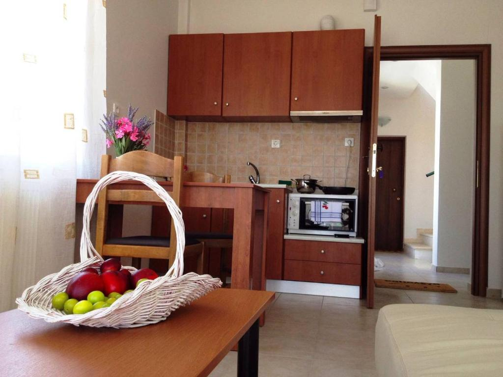 A kitchen or kitchenette at Nice & Quiet Apartment in Best Area