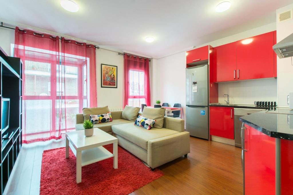 A seating area at Mc Yolo Apartamento Albufera