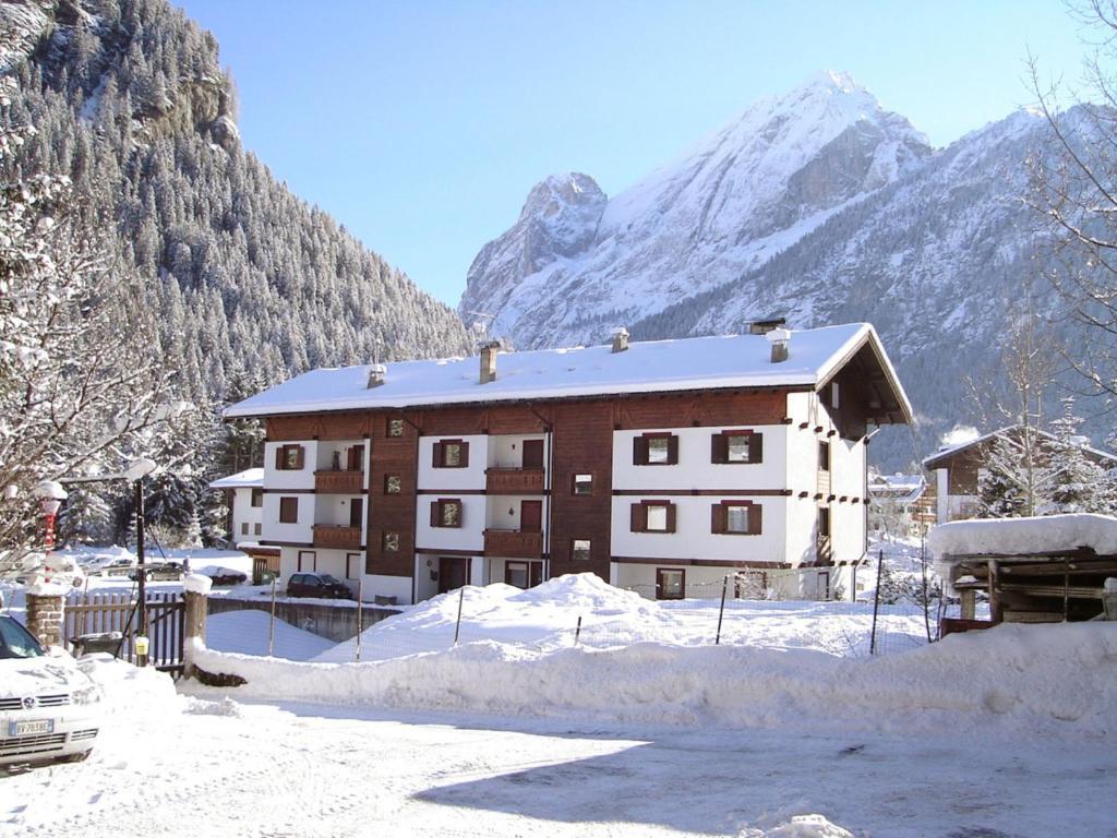 Locazione turistica Ski Area Apartments, Canazei – Prezzi aggiornati ...
