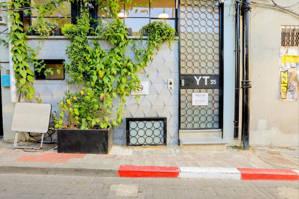 hotel yt35 luxury boutique suites tel aviv israel booking com rh booking com