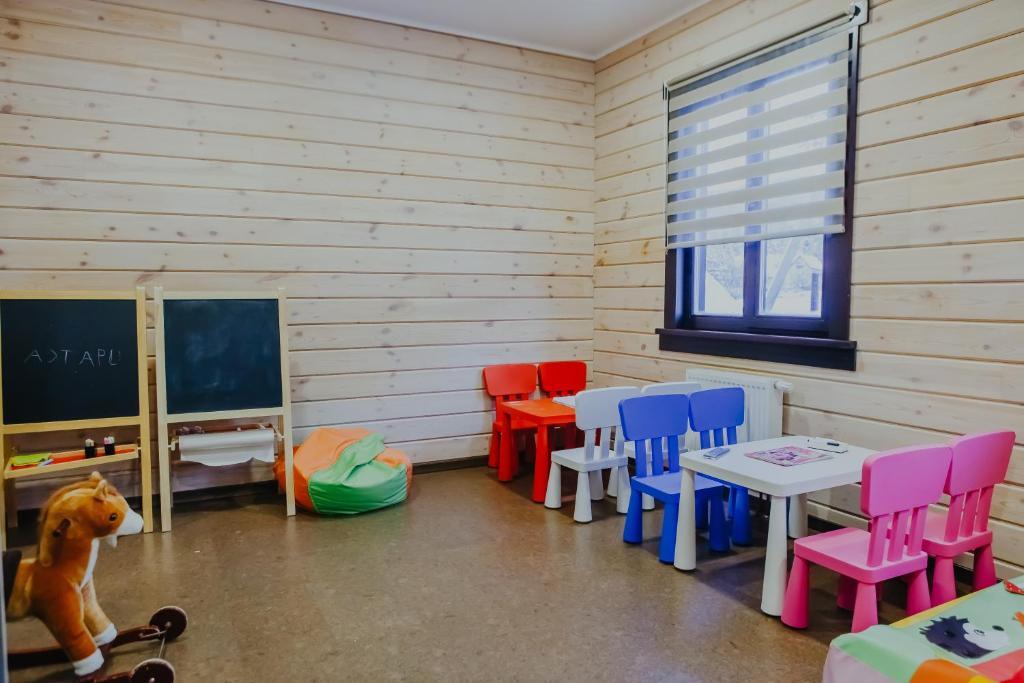 Телевизор и/или развлекательный центр в Ручьи уДачи