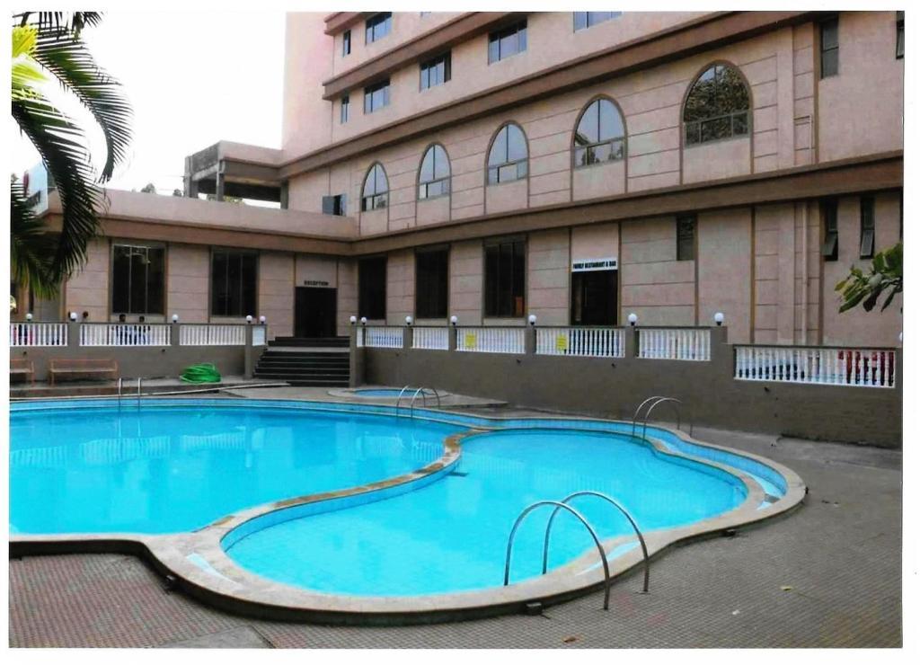 Dhuri Resort, Vasai, India - Booking com