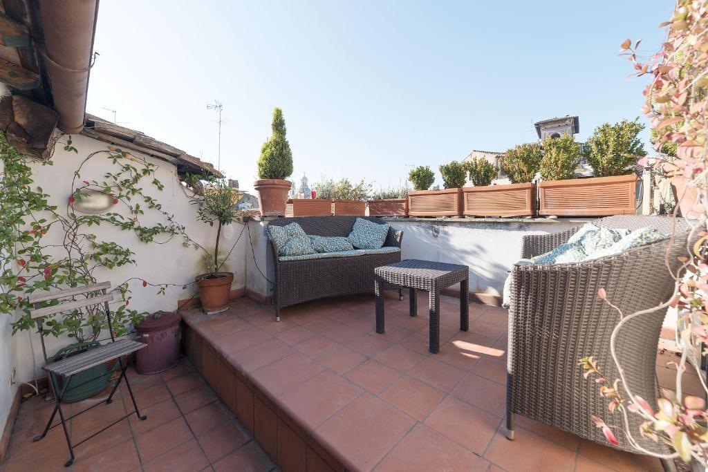 Gallery image of this property & Apartment Bramante Rooftop Terrace Rome Italy - Booking.com