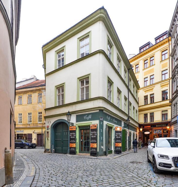 Towne Square Apartments: Apartment OLD TOWN SQUARE APT, Prague, Czech Republic