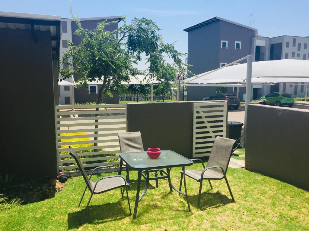 apartment 0a broadacres street fourways south africa booking com rh booking com