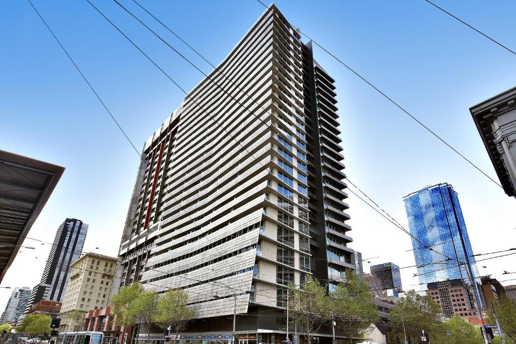 Astra Apartments, Melbourne, Australia - Booking.com