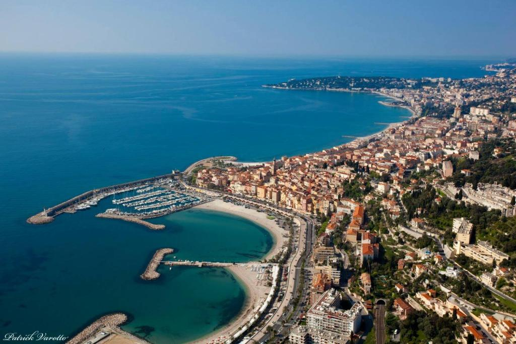 appartement le beaurivage nr: 43, menton, france - booking