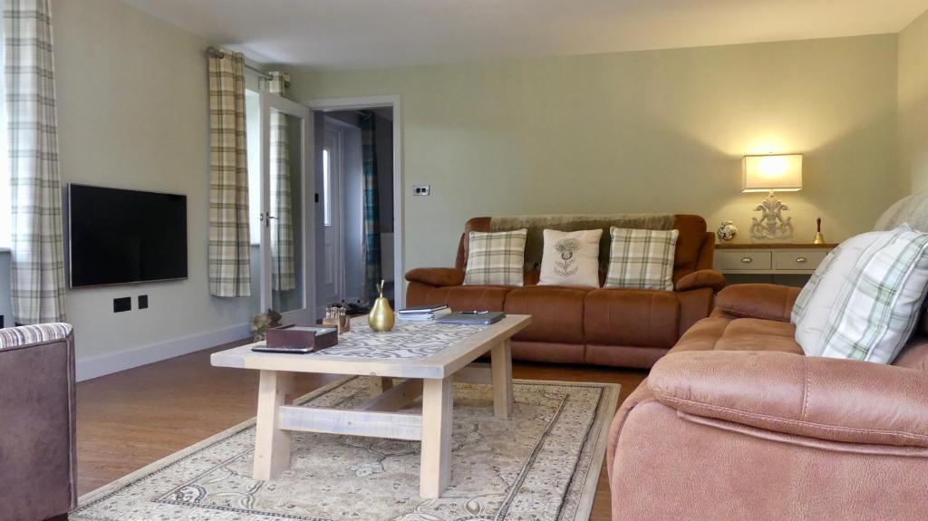 Warrenside Cottage, North Somercotes – Updated 2019 Prices on fitness packages, software packages, catering packages, bath packages, marketing packages,