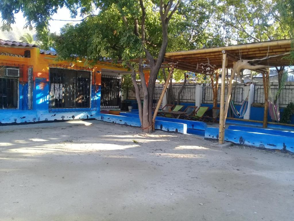 Taganga paradise hostal diving taganga precios actualizados 2019 - Taganga dive inn ...