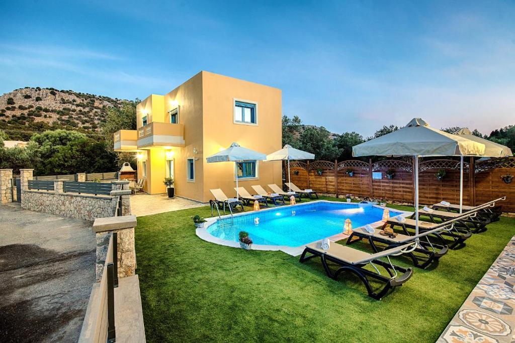 Πισίνα στο ή κοντά στο Lindos Luxury Retro Villas