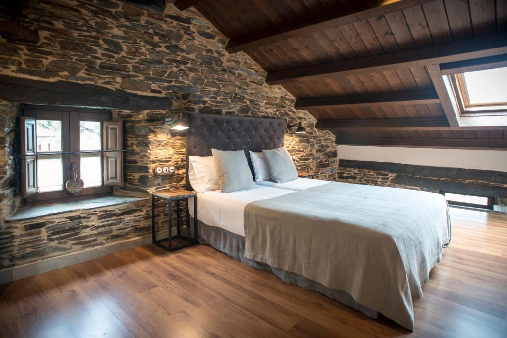 boutique hotels in lugo  109