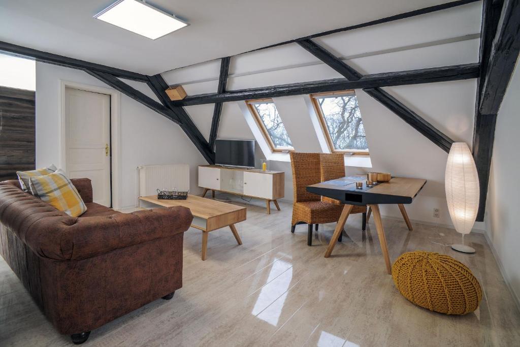 Ein Sitzbereich in der Unterkunft Designappartments Traumschloss