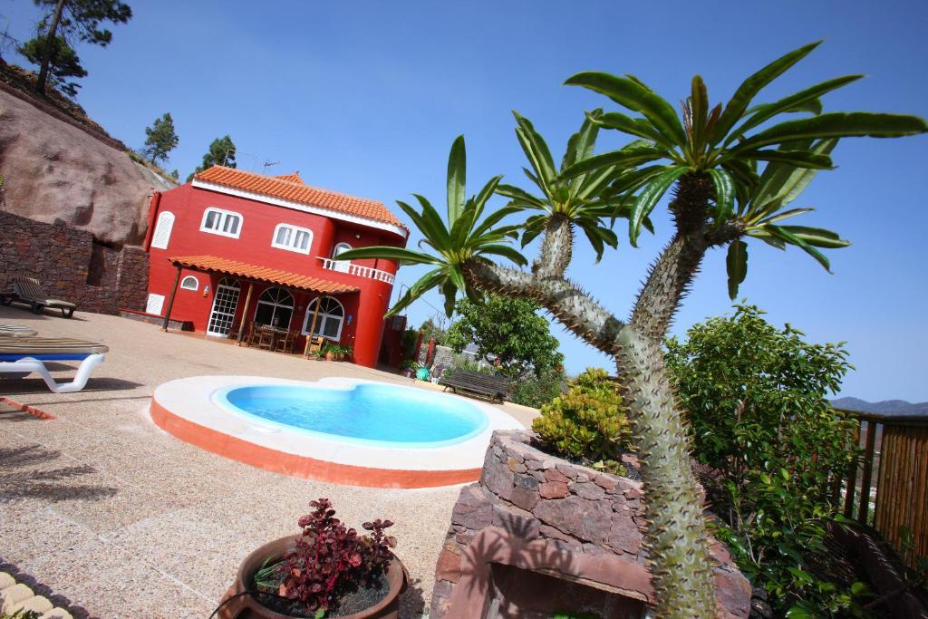 "The swimming pool at or near ""Casa Mirador de Chira"""