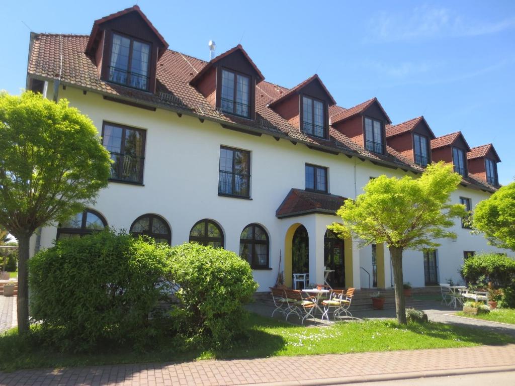 Hotel Schwartze Deutschland Weimar Booking Com