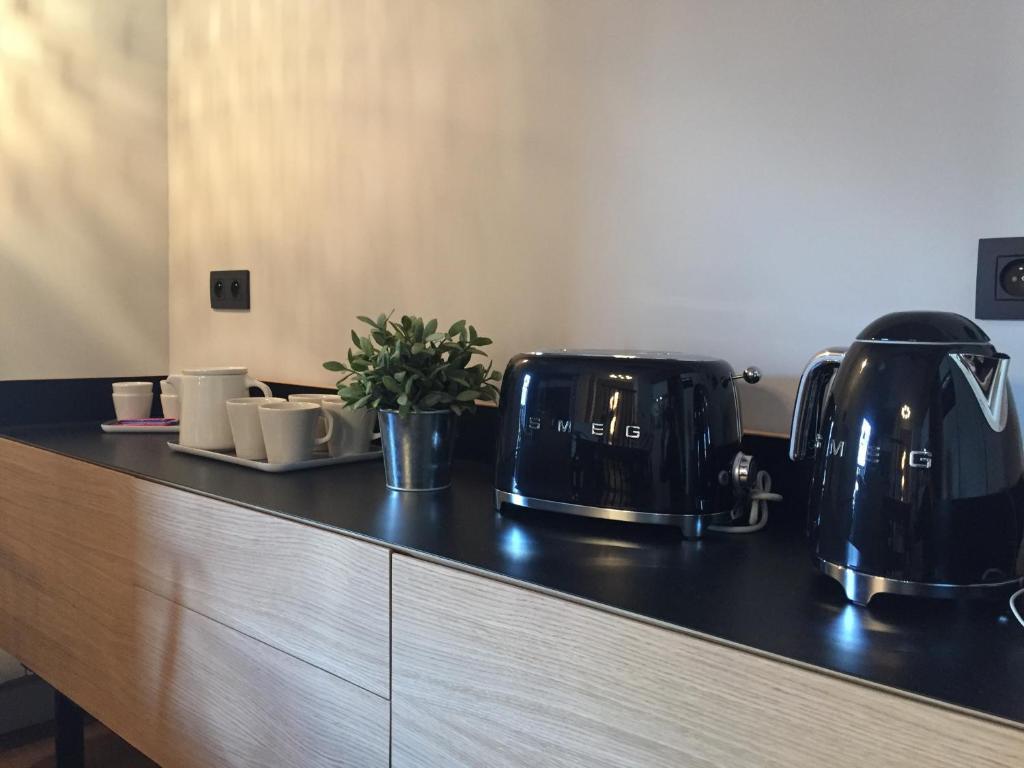 A kitchen or kitchenette at Clos du Savoy