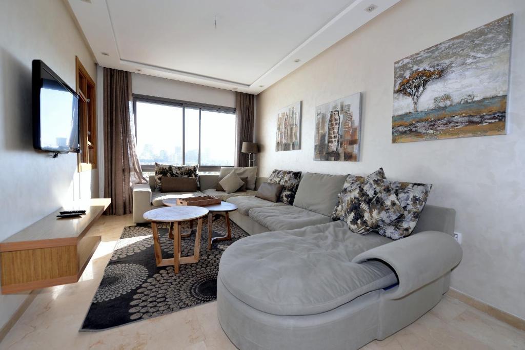 Moderne et confortable appartement avec vue imprenable, Casablanca ...