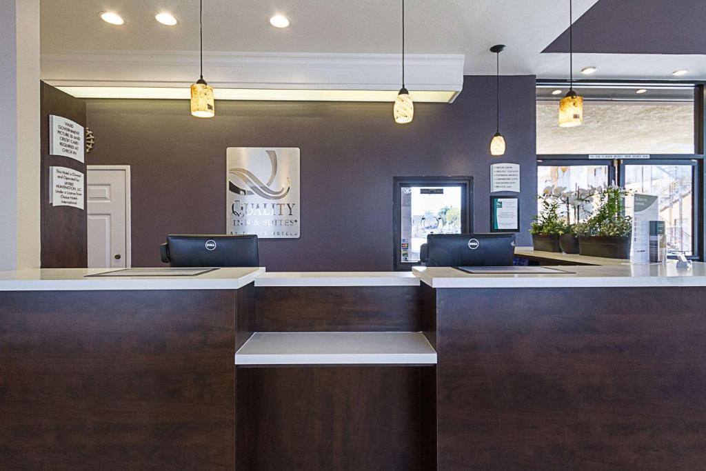 The Lobby Or Reception Area At Quality Inn U0026 Suites Huntington Beach    Fountain Valley
