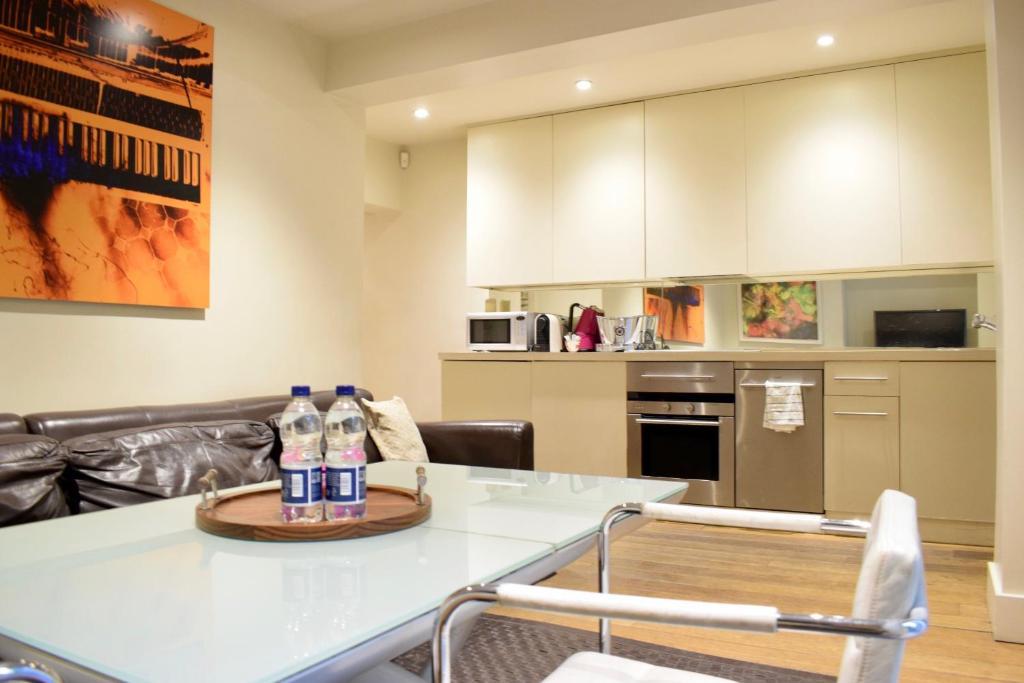 Large 2 Bedroom Flat In Ladbroke Grove With Garden London Updated