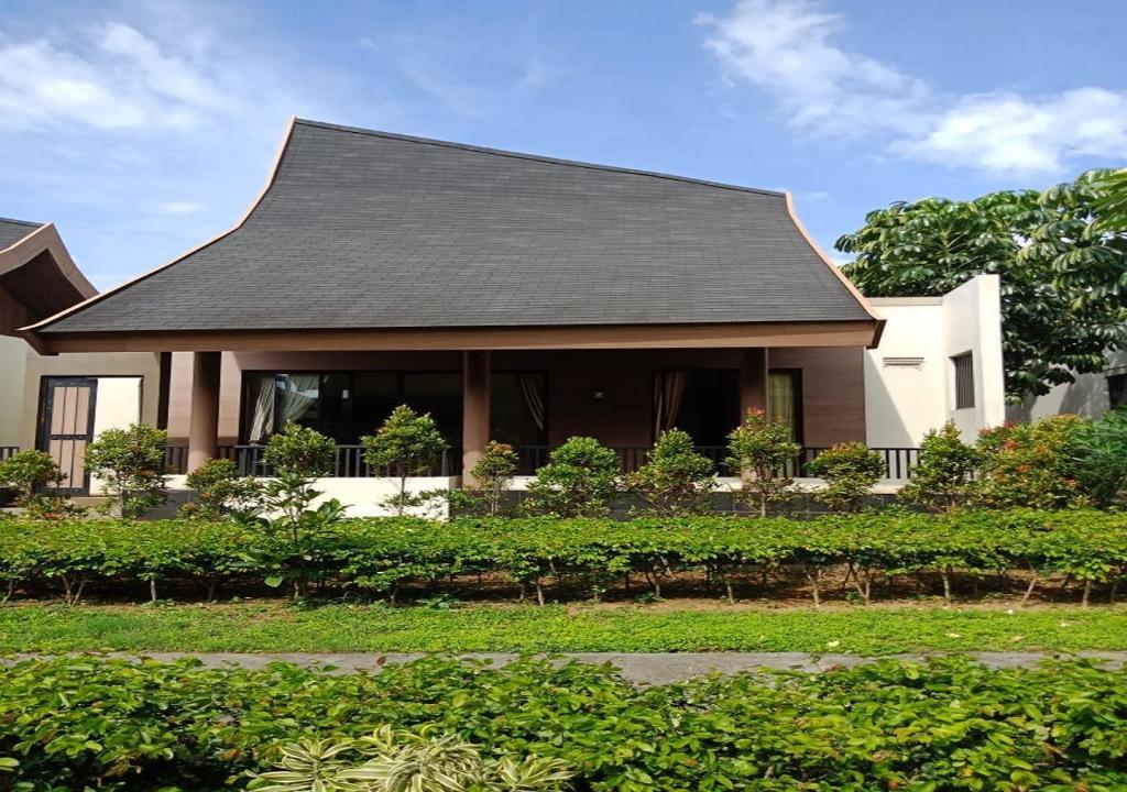 Vimalla hills villa resort megamendung puncak bogor indonesia