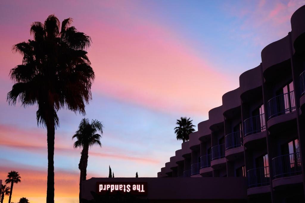 744fe469 Soloppgangen eller solnedgangen sett fra hotellet eller i nærheten