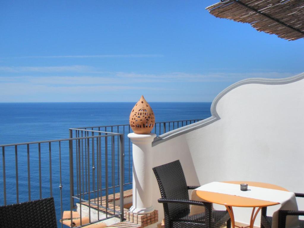 A balcony or terrace at Amalfi Residence