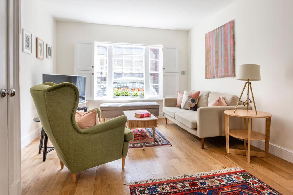 Baker Street Villa Sleeps 5 WiFi (Regno Unito Londra) - Booking.com