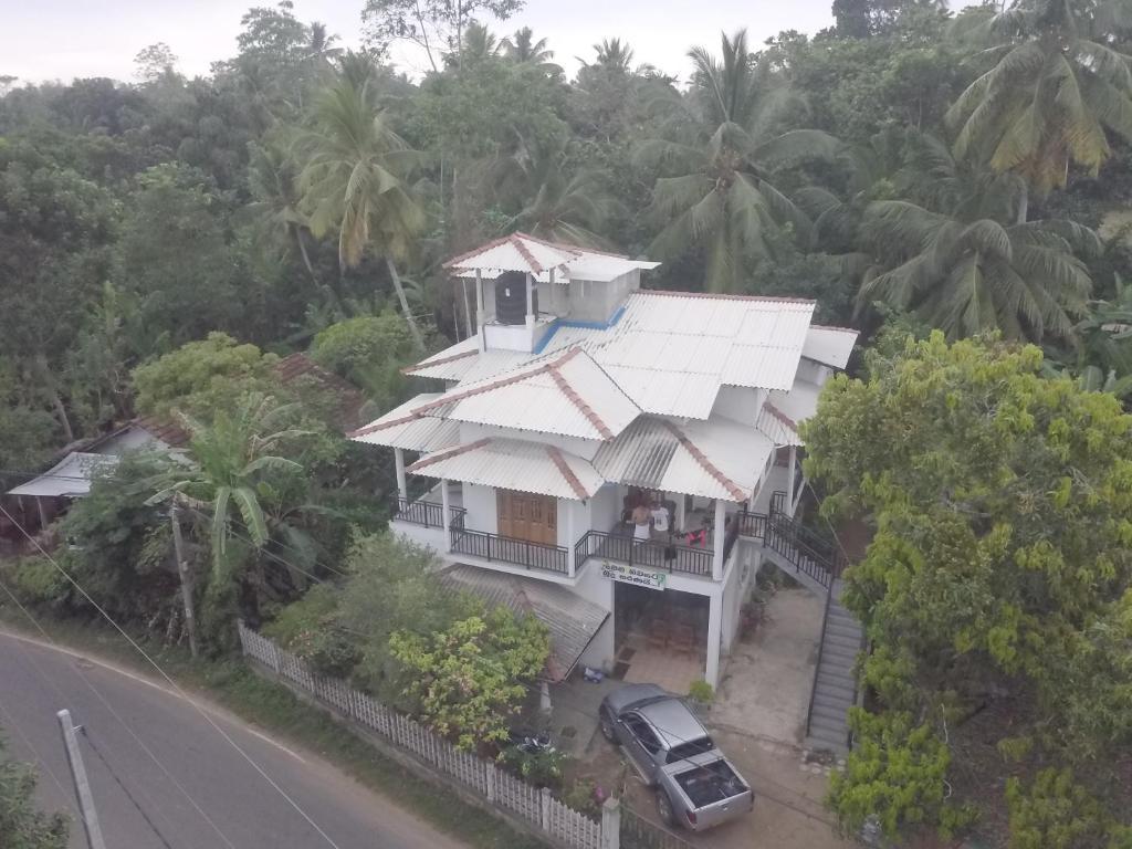 LB GUEST HOUSE