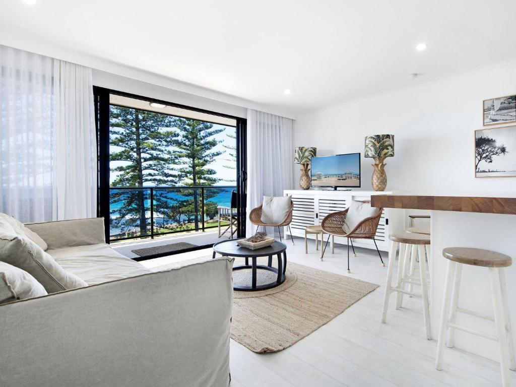 Apartment Burleigh By The Sea, Gold Coast, Australia - Booking com
