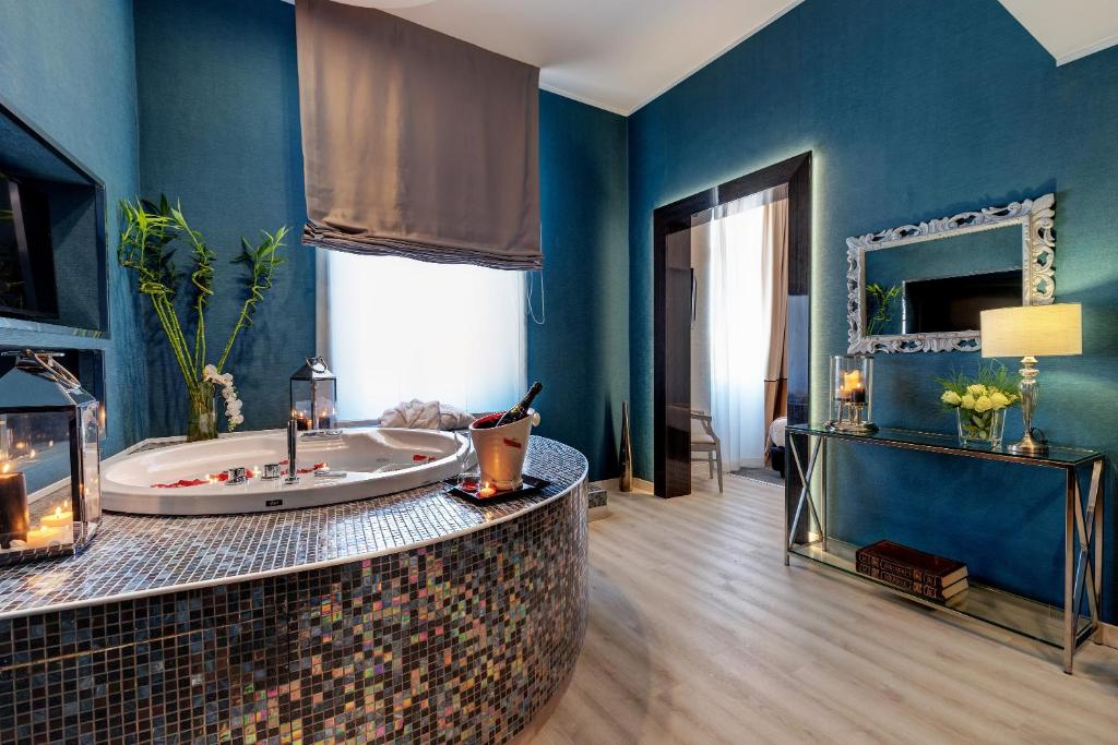 A bathroom at Dharma Style Hotel