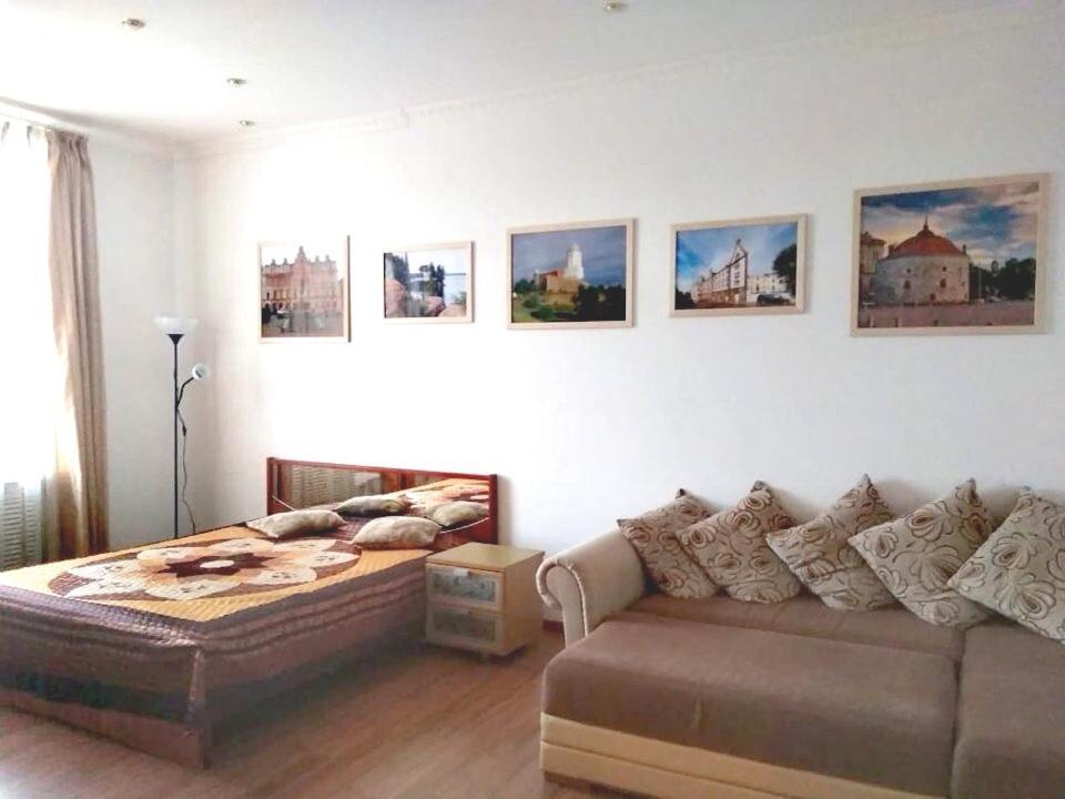 Гостиная зона в W Apartament Suvorova 15
