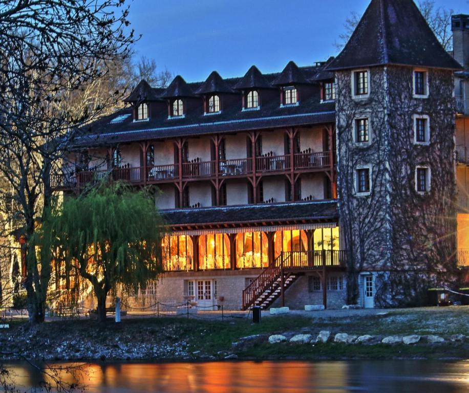 Hôtel Restaurant L Ecluse Réserver maintenant. Photo de cet établissement  dans la galerie ... e00e9bd99bd5