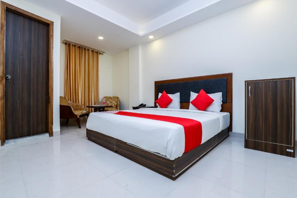 hotel marina delhi airport new delhi india booking com rh booking com