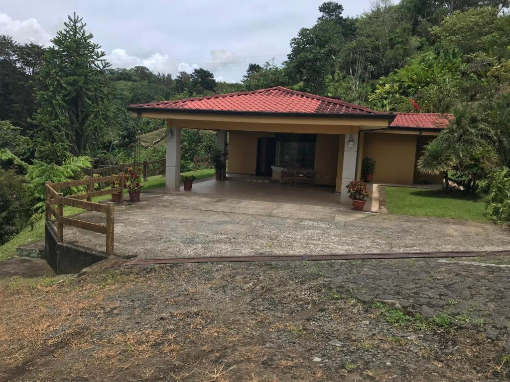 Casa de campo (Costa Rica Cartago) - Booking.com